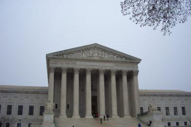 Últimas noticias sobre la expandida DACA y DAPA en la Corte Suprema