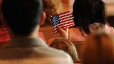 Residencia para una persona fuera de los EEUU a través de una petición de familia