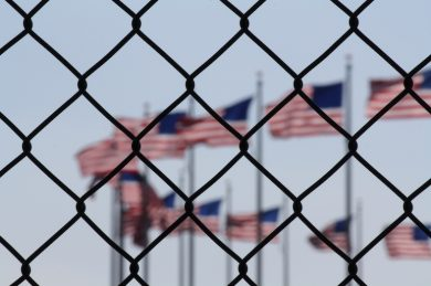What is the process that follows a minor that arrives at the border with the US?